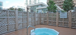Solstice Condo - 225 Webb Drive, Mississauga L5B4P2 - Outdoor Hot Tub