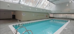 Monarchy 1 Condo - 325 Webb Drive Mississauga L5B 4A1 - Indoor Pool