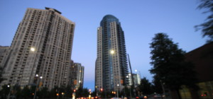 Ultra Ovation - 330 Burnhamthorpe Rd W, Mississauga, L5B 0E1 - Front Lobby Entrance from SquareOne.Condos