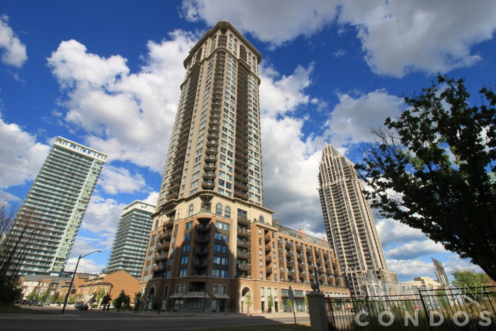 Chicago Condo - 385 Prince of Wales Drive