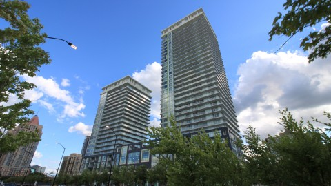 Limelight North Tower Condo – 360 Square One Dr, Mississauga, ON L5B 0G6