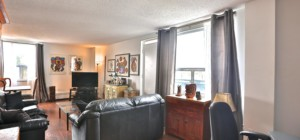 49 Queen Condos - 49 Queen St E, Mississauga, ON, L5G 4N6, Canada