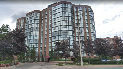Courtney Club Condos - 2091 Hurontario St, Mississauga, ON L5A 4E6
