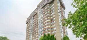 Kingsmere on the Park Condos - 880 Dundas St W, Mississauga, ON L5C 4H3